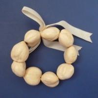 Kukui Nut: Anklet/Bracelet - Blonde Lei - Light - Product Image
