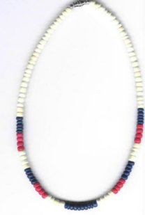 Patriotic coconut shell necklace - Product Image