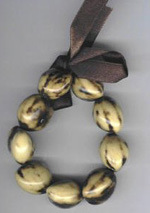 Kukui Nut: Light tiger anklet - Product Image