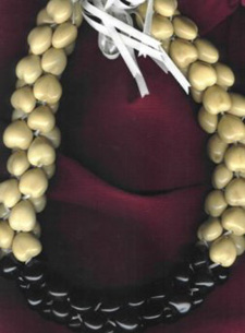 Kukui Nut: 4-strand Brown & White Choker Lei - Product Image