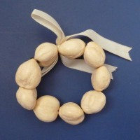 Kukui Nut: Anklet/Bracelet - Blonde Lei - Light - Product Image