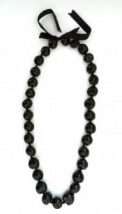 Kukui Nut: Black Lei - Product Image