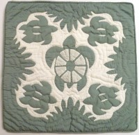 Pillow Covering: Five Sea Turtles in Light Green/White - Product Image